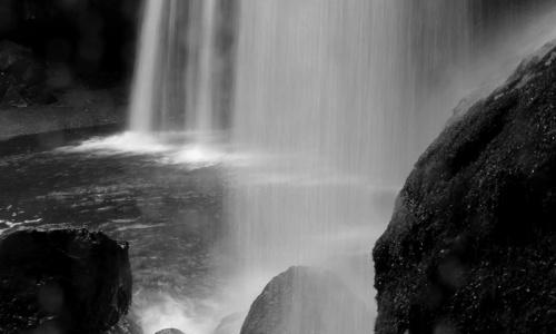阿蘇市 奥村さん「久しぶりにモノクロ写真を意識して撮ってみました。何キロくらい歩いたんだろうと思うくらい行ったり来たり…。やっぱり、写真を撮るのって楽しい♪」